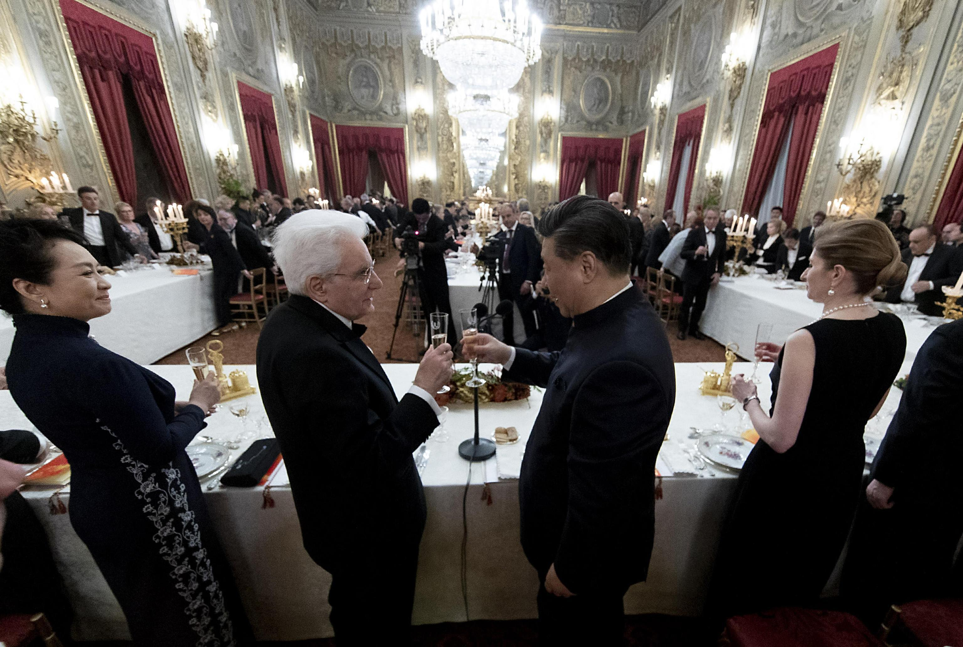 Cena di Stato in abiti tradizionali, la serata romana di Xi Jinping