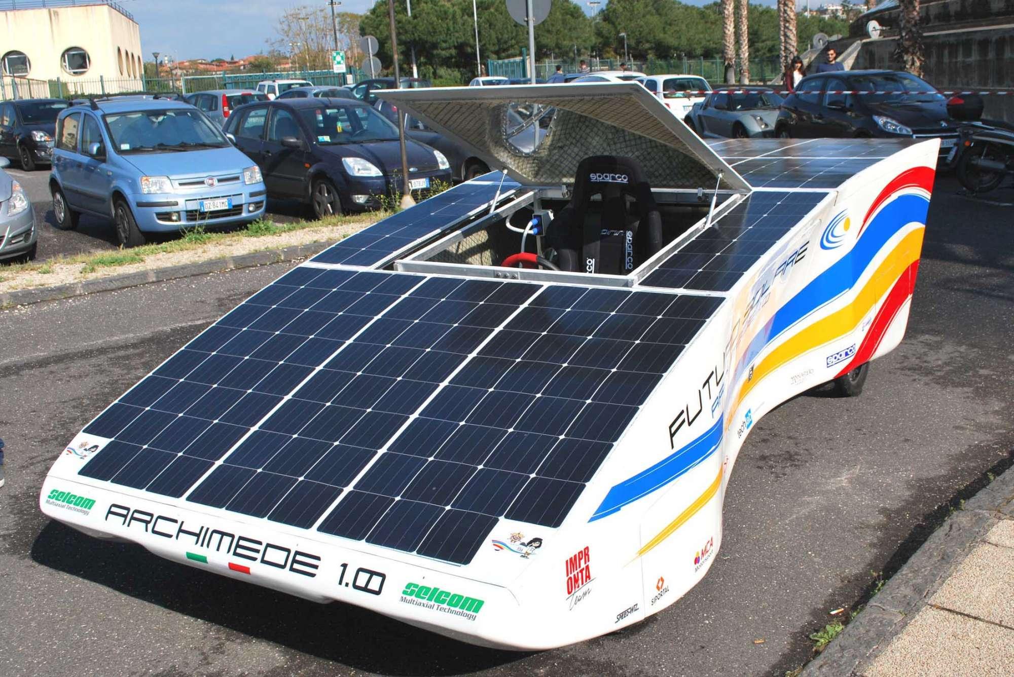 Energia Solare In Sicilia mobilità a impatto zero, presentata in sicilia un'auto