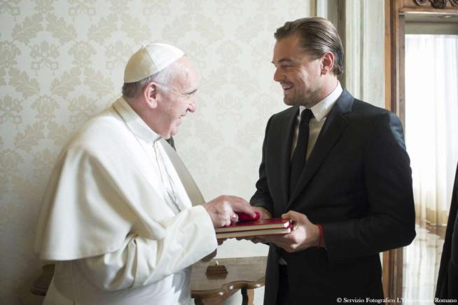 Papa Francesco riceve Leonardo Di Caprio: incontro su clima e impegno ambientale