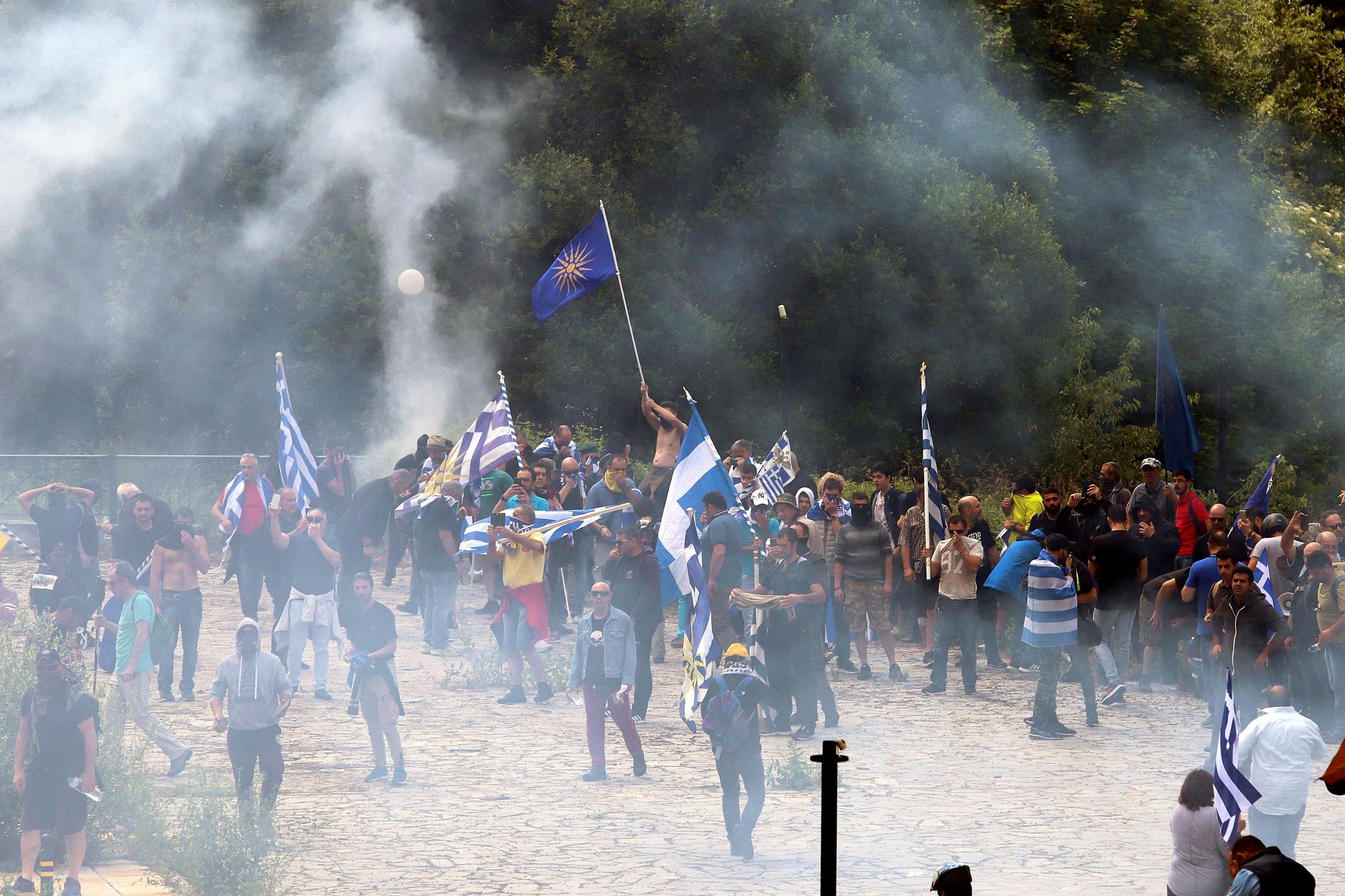 Nuovo nome alla Macedonia, proteste nel Paese e in Grecia