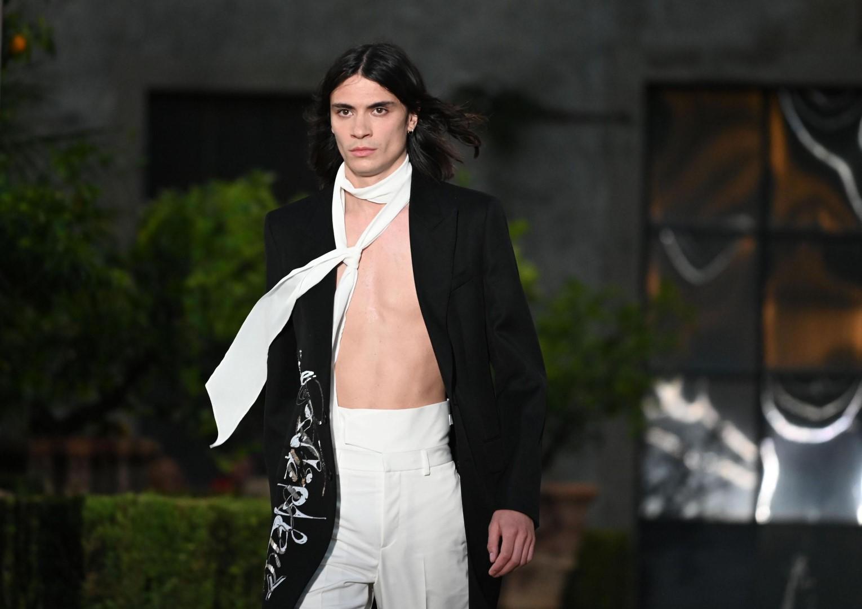 Uomo, primavera-estate 2020: Givenchy, largo ai nuovi poeti