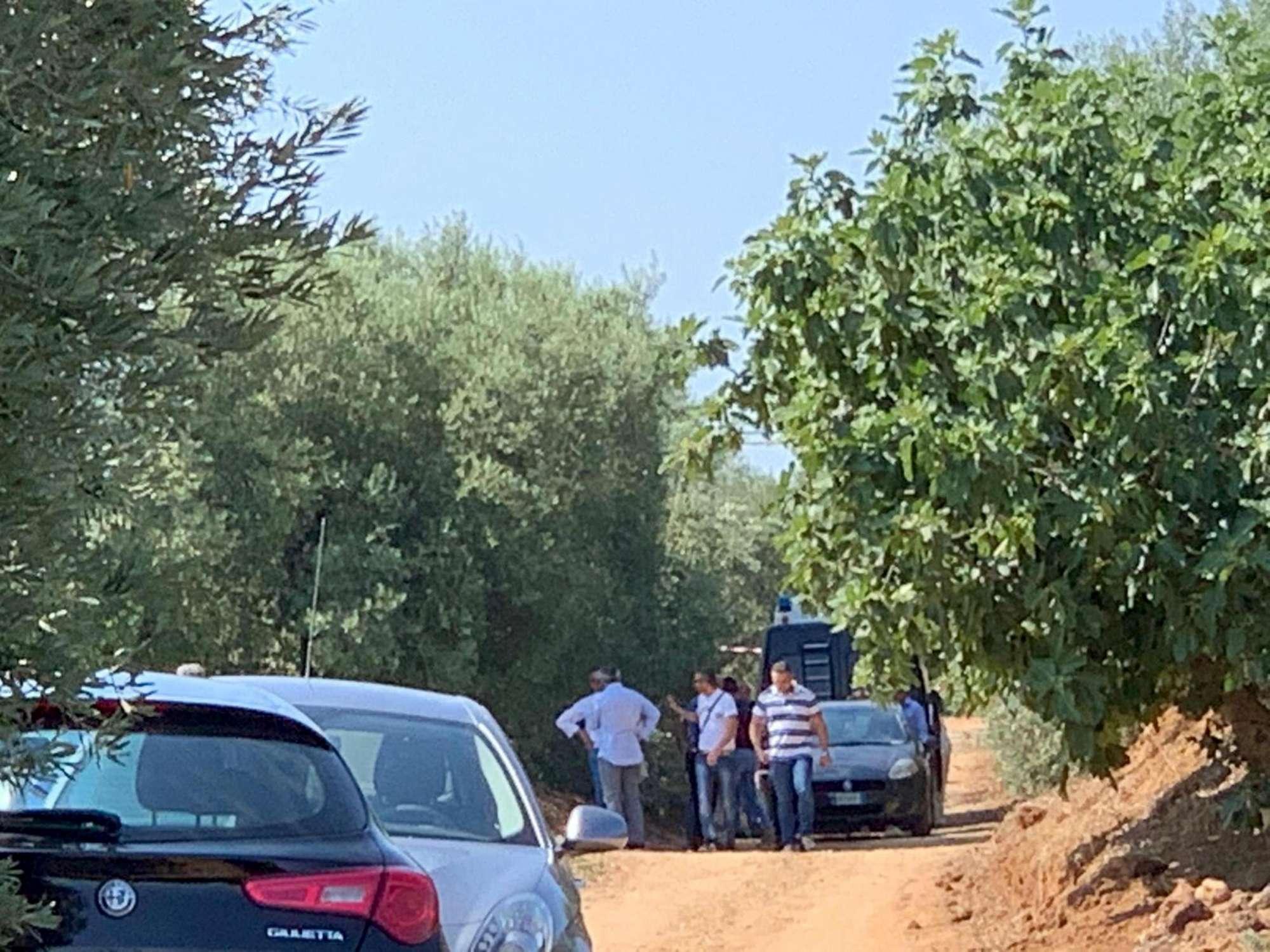 Duplice omicidio in Calabria, cadaveri in auto
