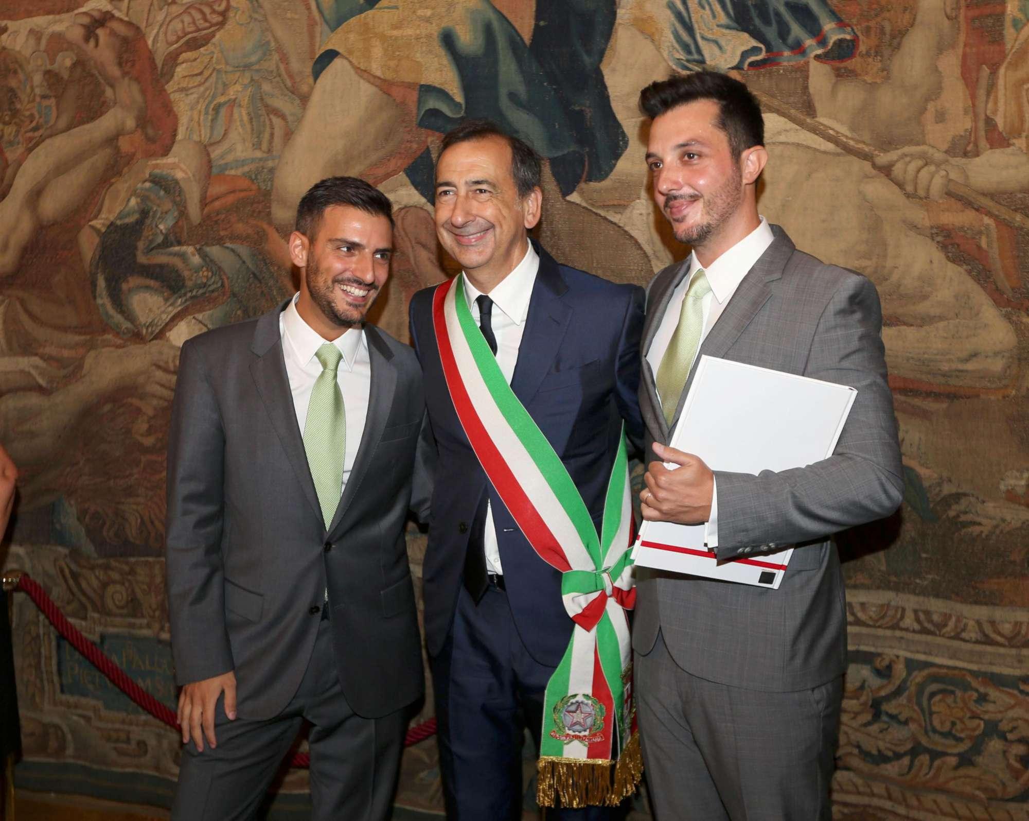 A Milano il sindaco Sala celebra le prime due unioni civili