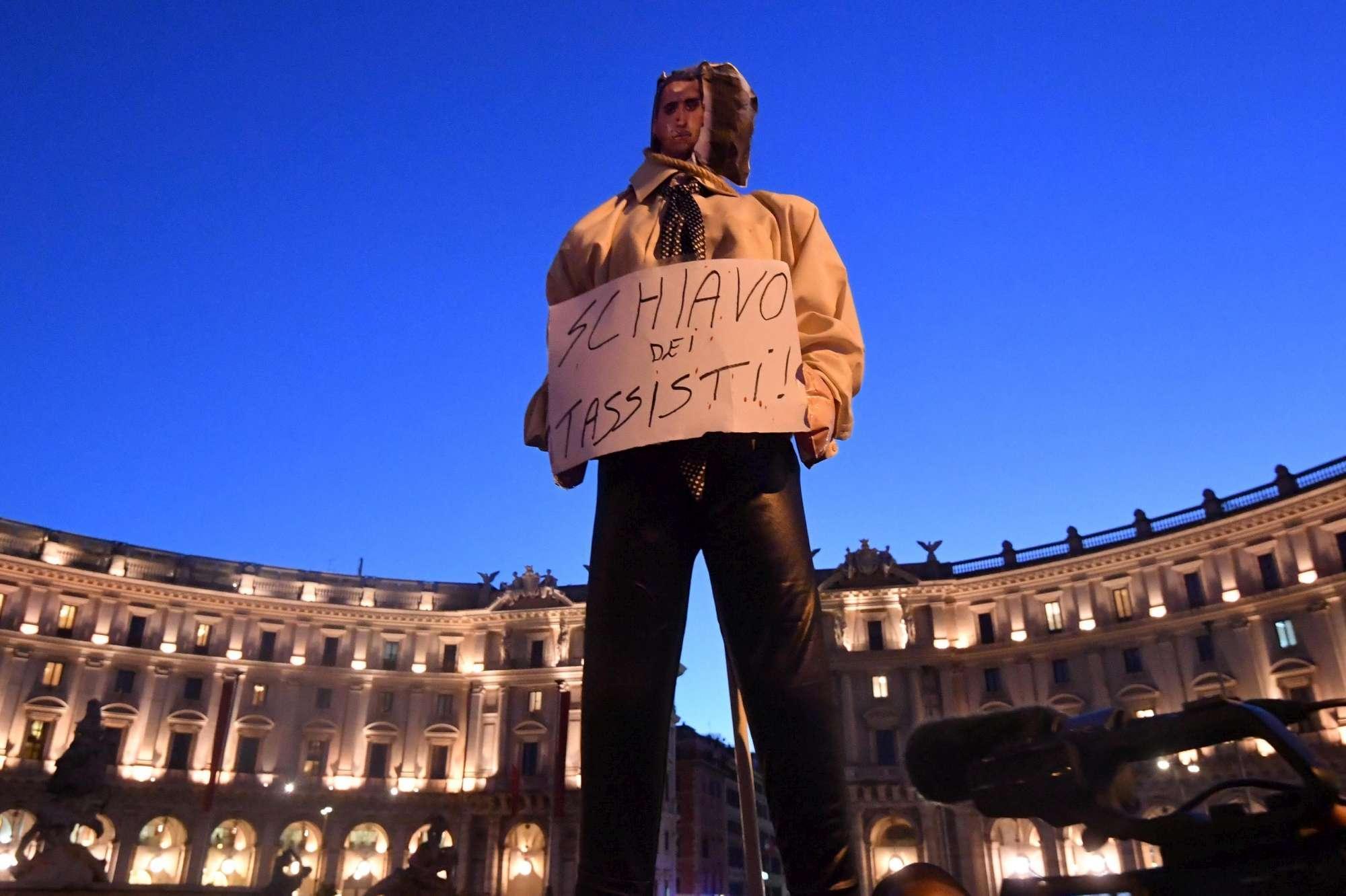 Roma, Ncc in piazza contro la Manovra