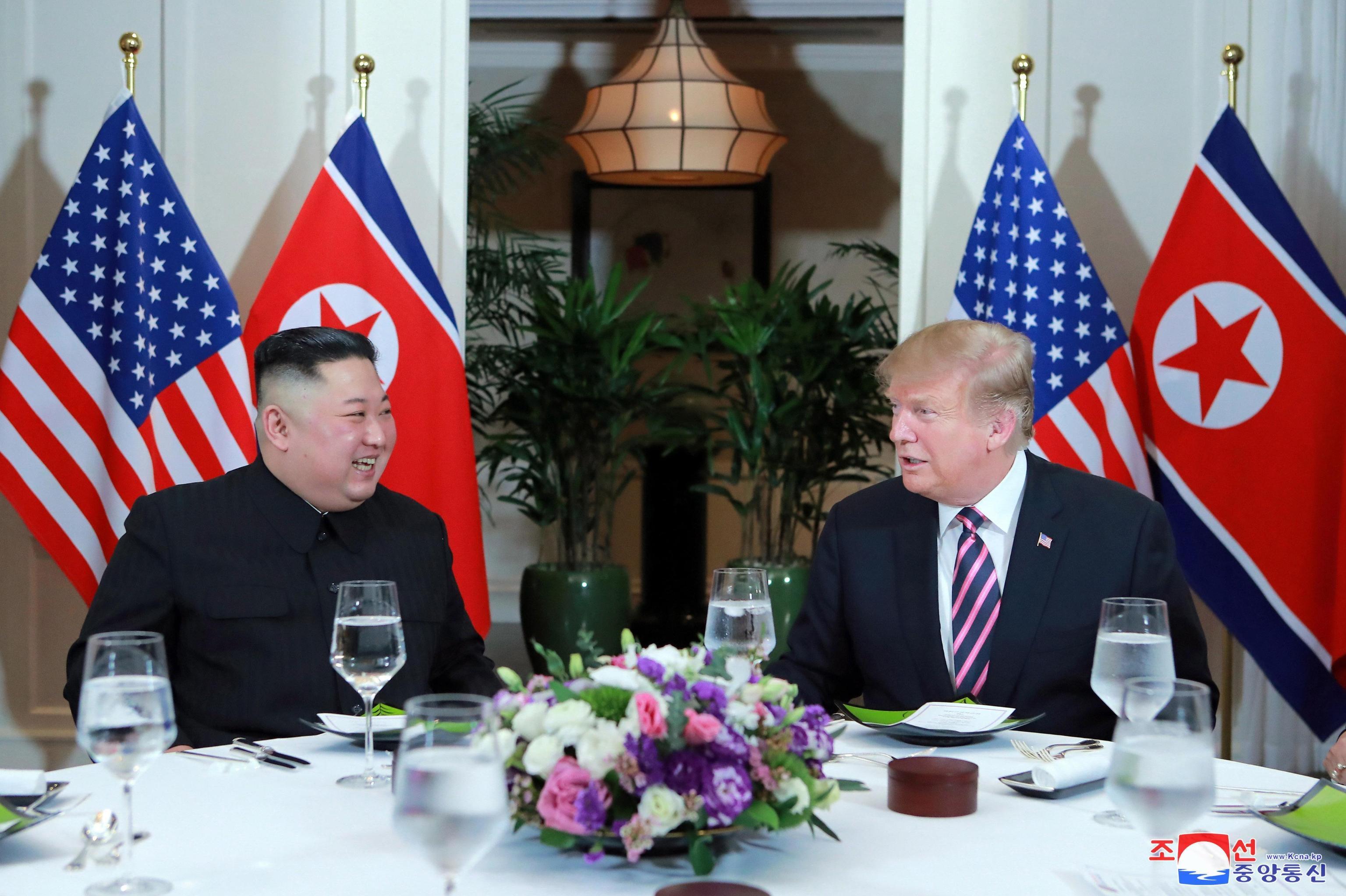 Summit in Vietnam, Trump e Kim non trovano l'accordo sulla denuclearizzazione
