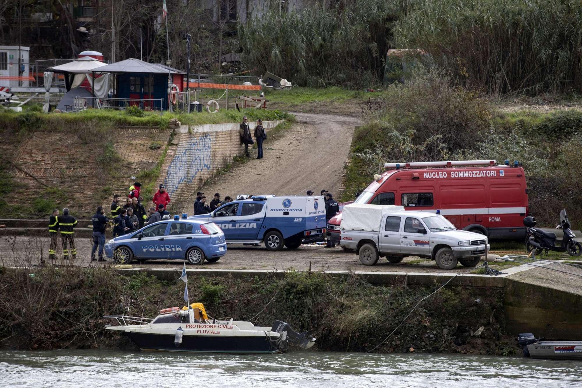 Roma, madre si suicida gettandosi nel Tevere: scomparse le figlie