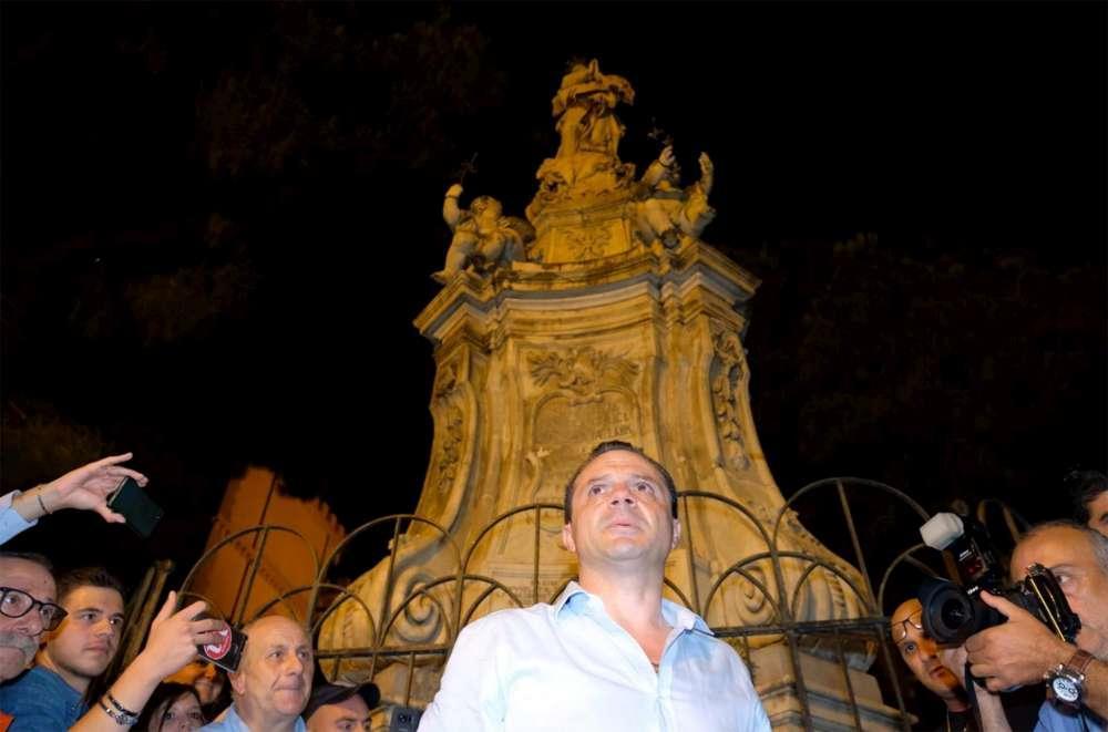 Cateno De Luca, ecco chi è il nuovo sindaco di Messina: inchieste giudiziarie e spogliarelli