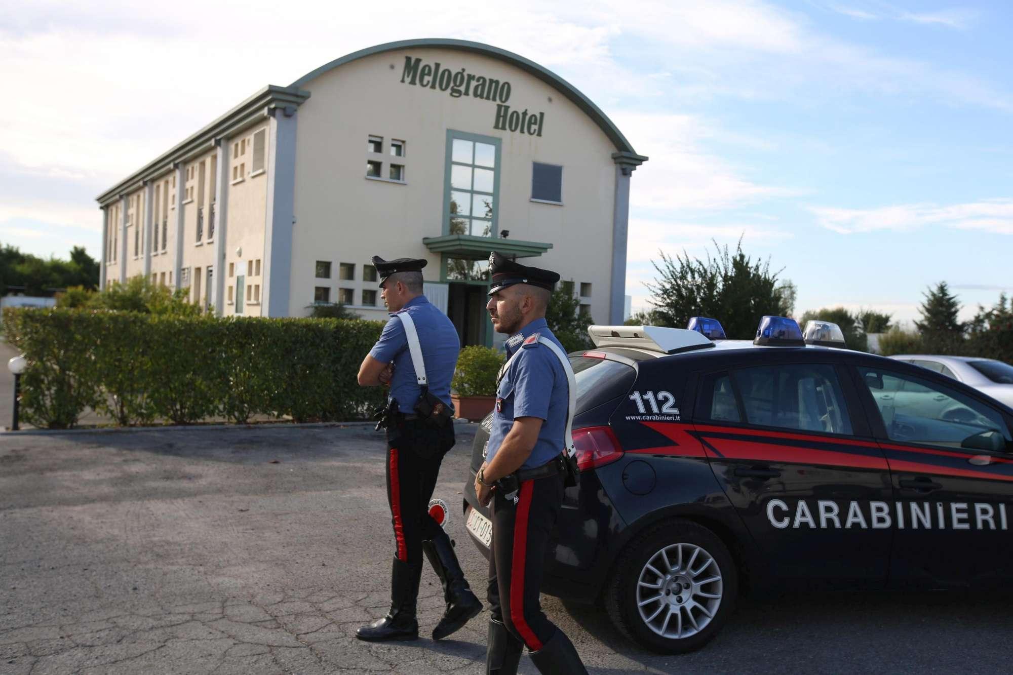 Escort trovata morta in hotel nel Bolognese: ricercato il suo cliente