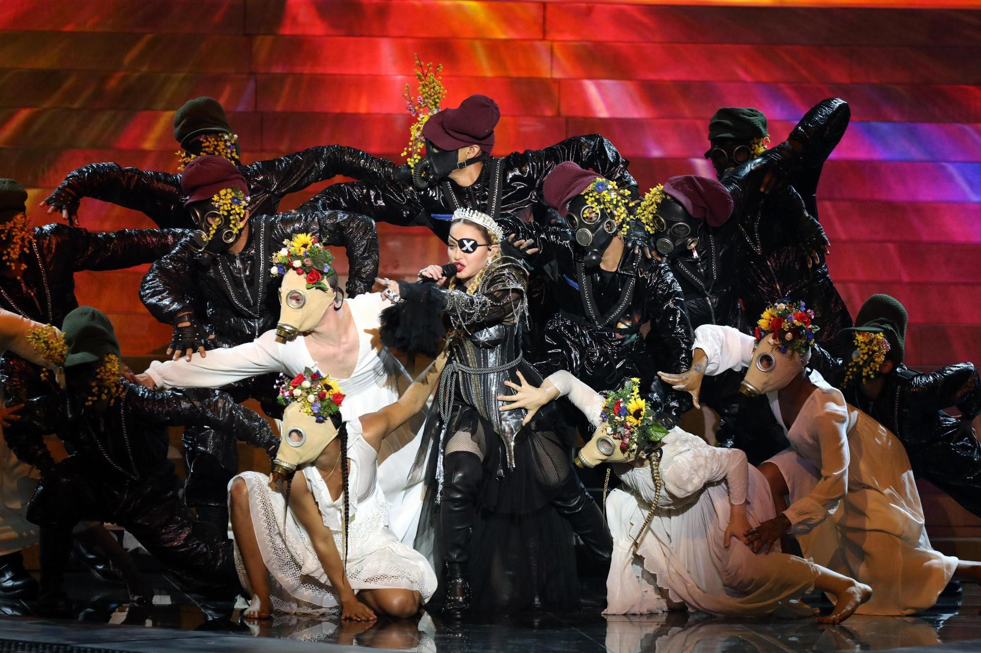 Madonna sul palco dell Eurovision Song Contest: guarda le foto