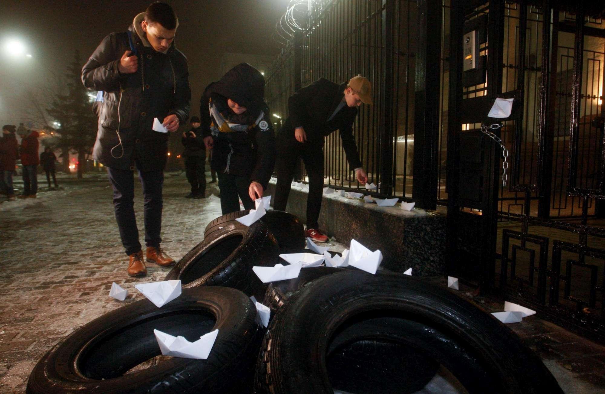 Kiev insorge dopo la  provocazione  russa nel Mar Nero