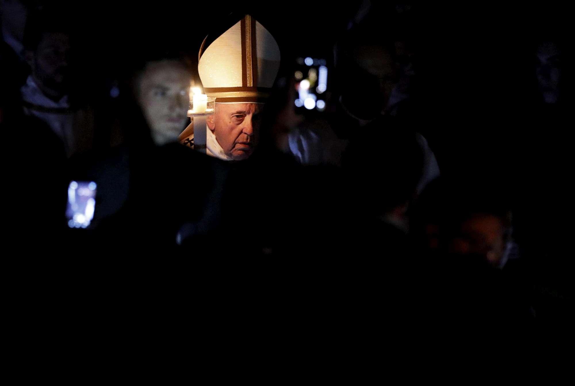 Papa:  Avere fede pasquale e non da museo