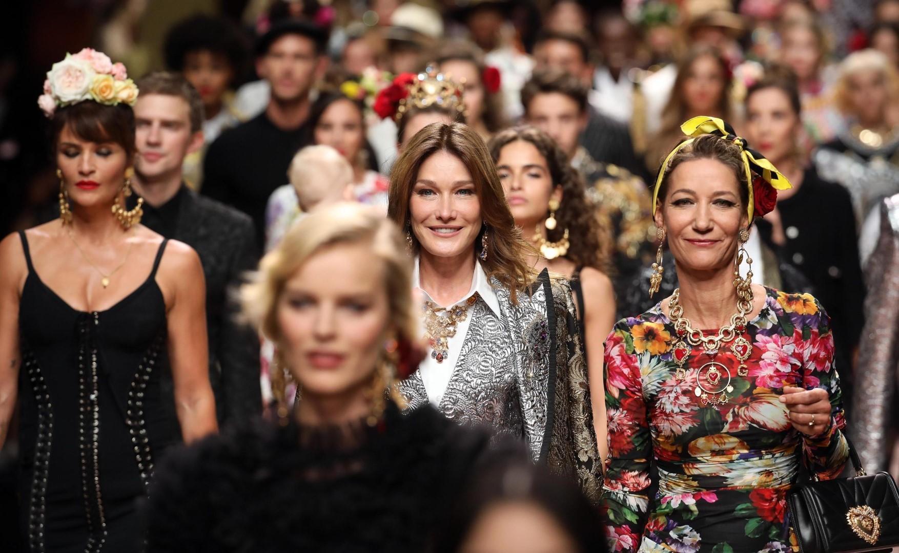 Dolce e Gabbana: in passerella una sfilata di super Vip
