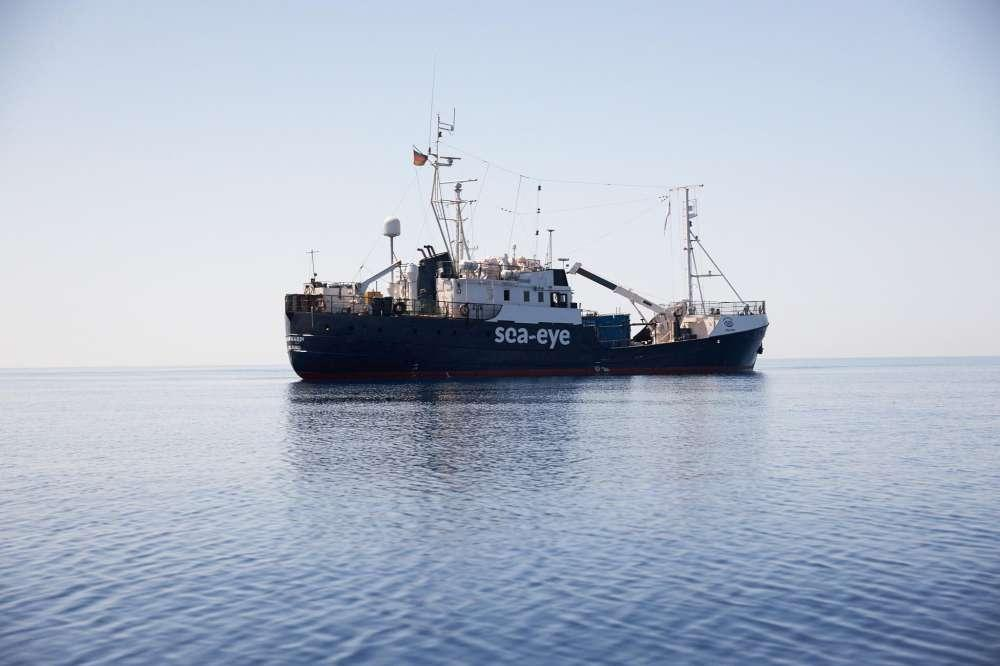 La Alan Kurdi verso Lampedusa