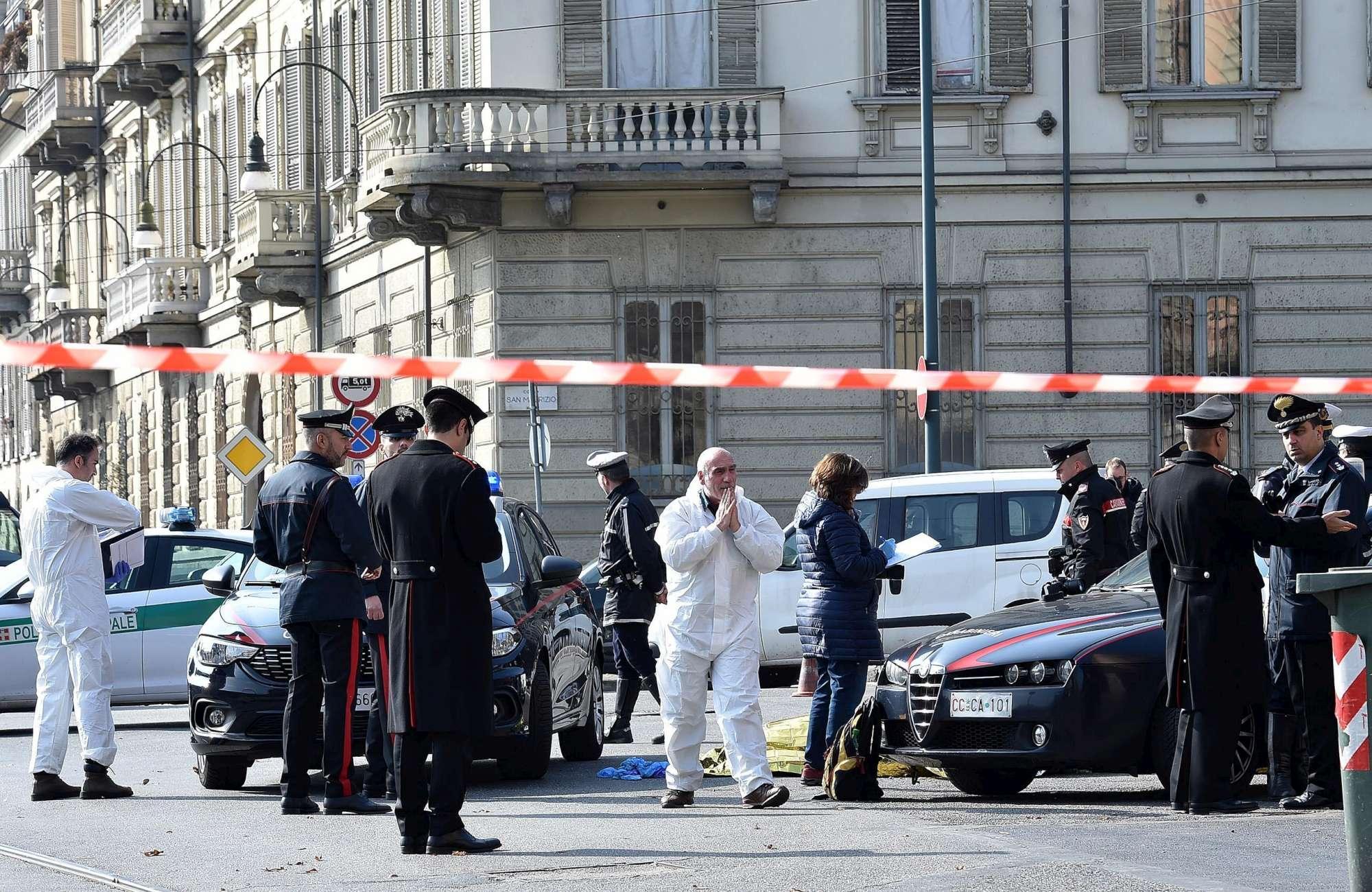 Sgozzato in centro a Torino, mistero sulla morte di un 34enne