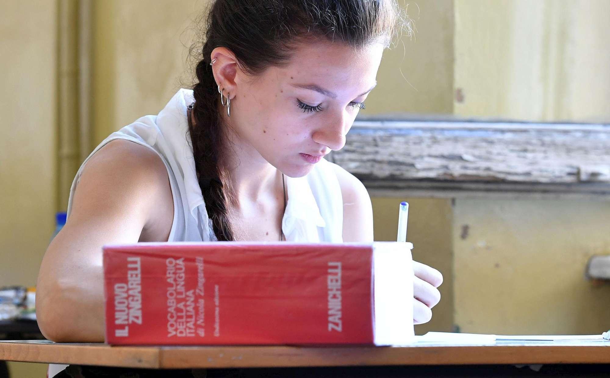 Torino, studenti affrontano la maturità all istituto Gioberti