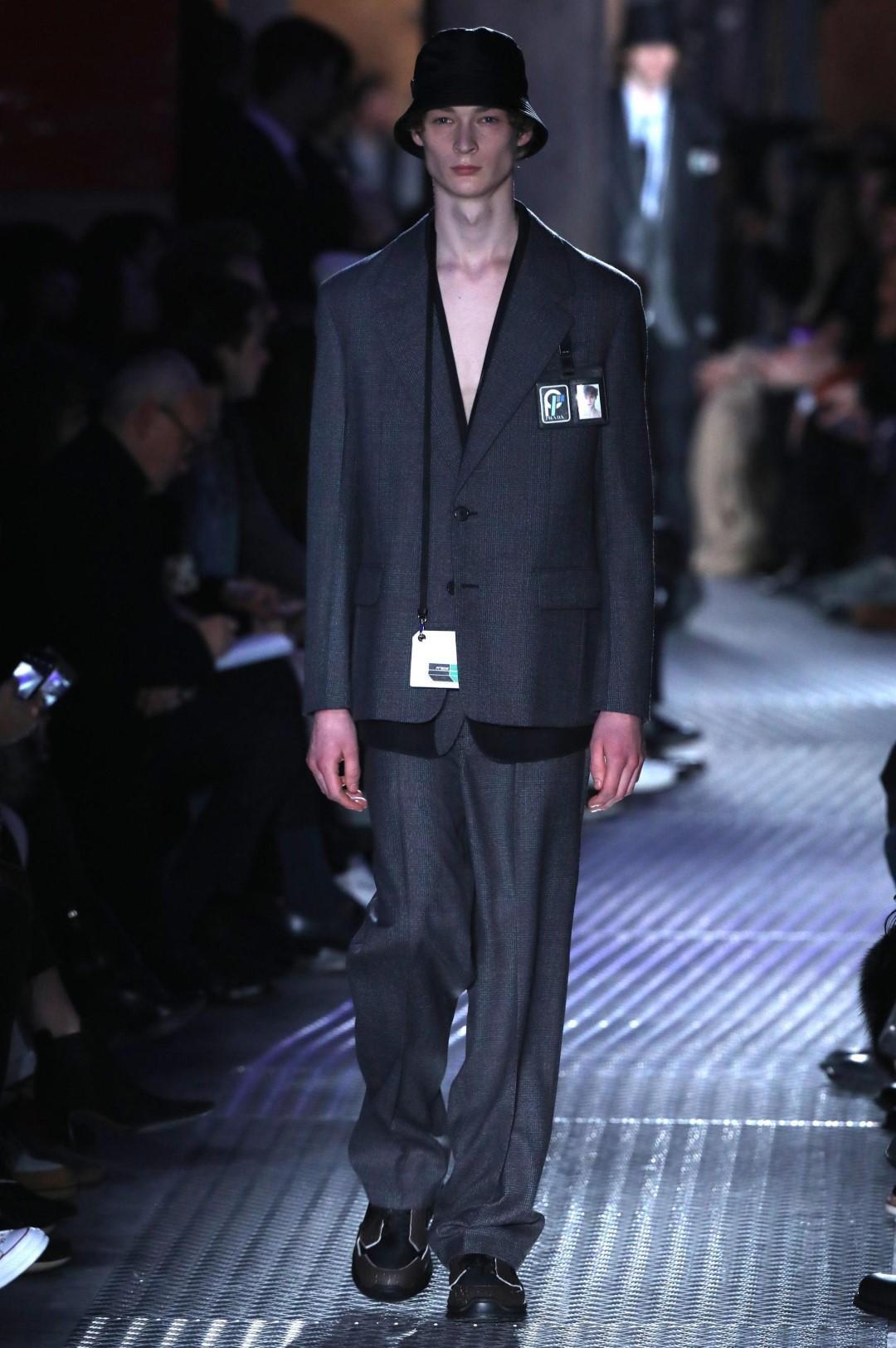 b1549f5112 Milano: in passerella l'eleganza maschile - Tgcom24