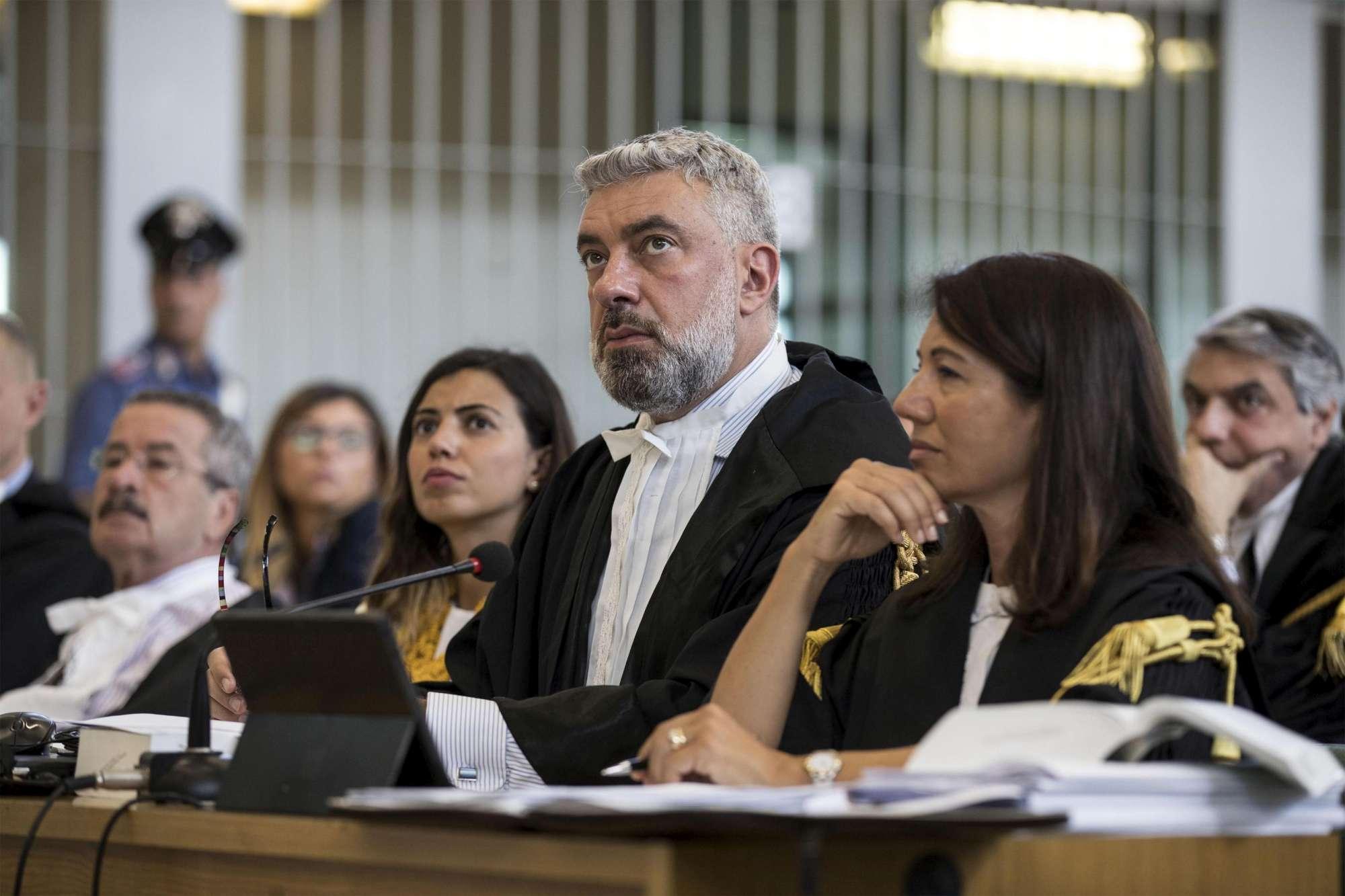 Ostia, si apre il processo al clan Spada: le vittime non si presentano in aula