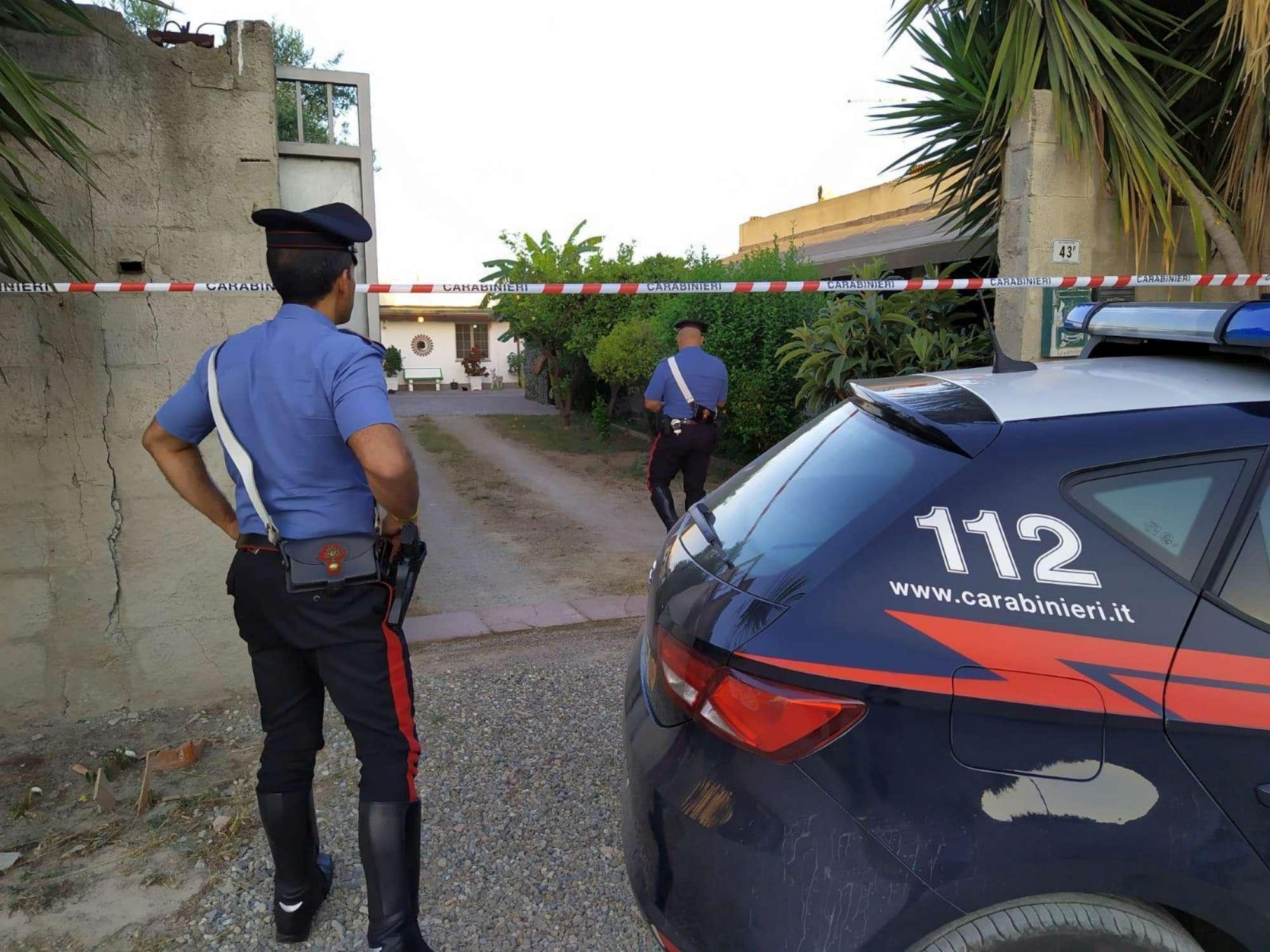 Cagliari, donna uccisa a coltellate dal fratello