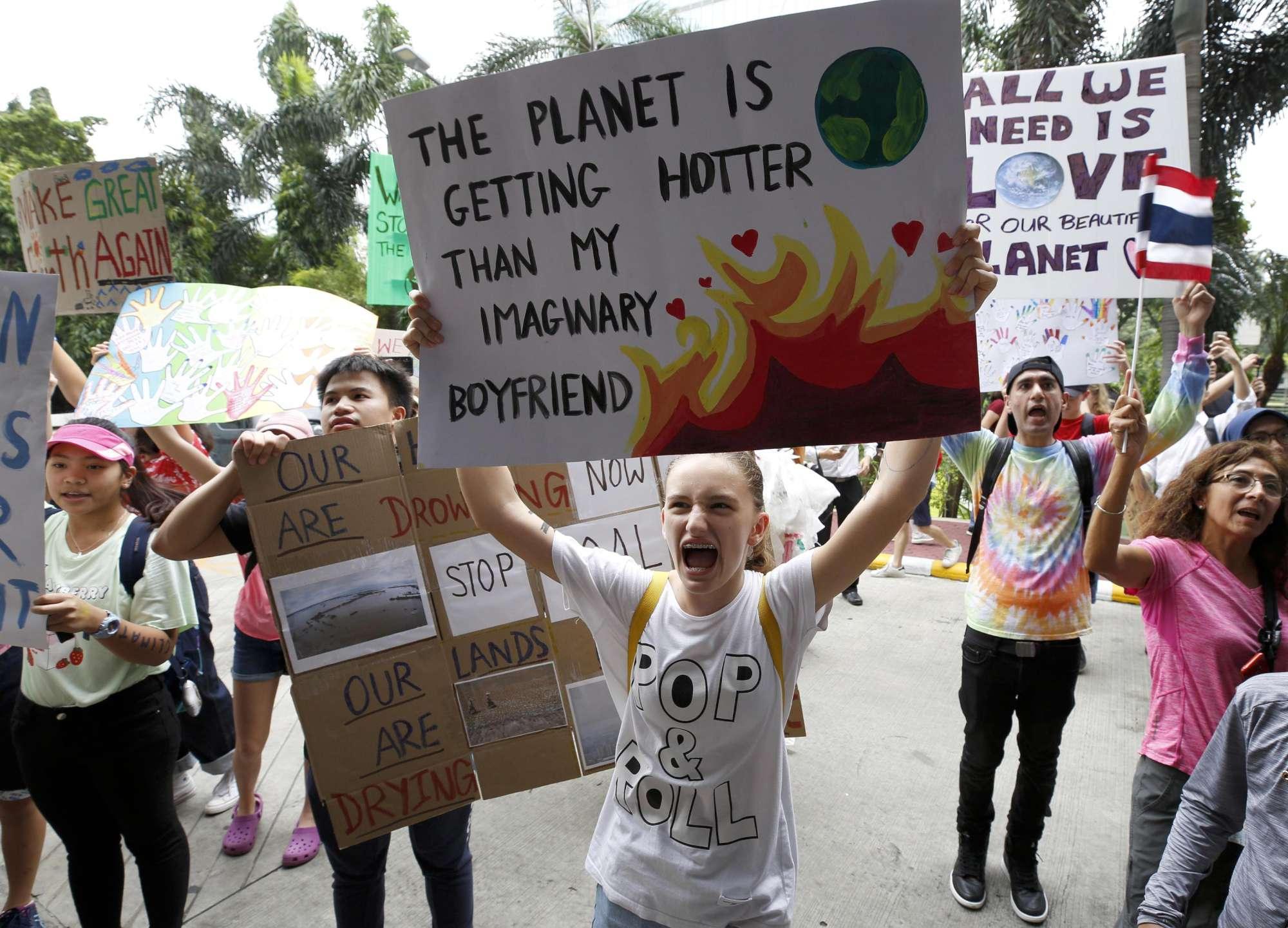 Emergenza clima, da Australia e Asia parte lo sciopero globale: migliaia di studenti in piazza
