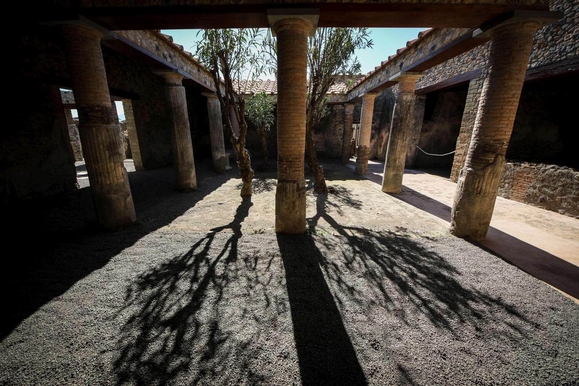Pompei, riaprono due nuove Domus