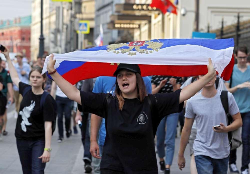 Russia, proteste contro la riforma delle pensioni: centinaia di arresti