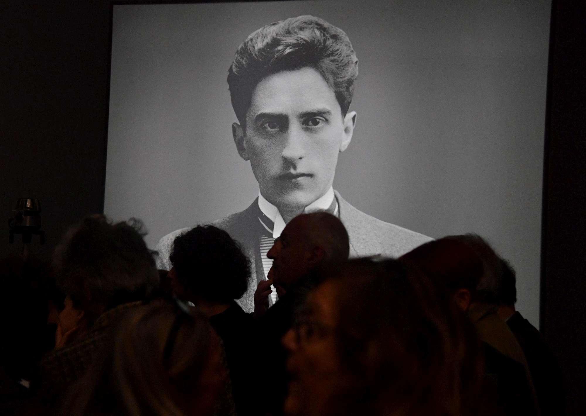 Genova, 3 indagati e 21 opere di Modigliani sequestrate a palazzo Ducale