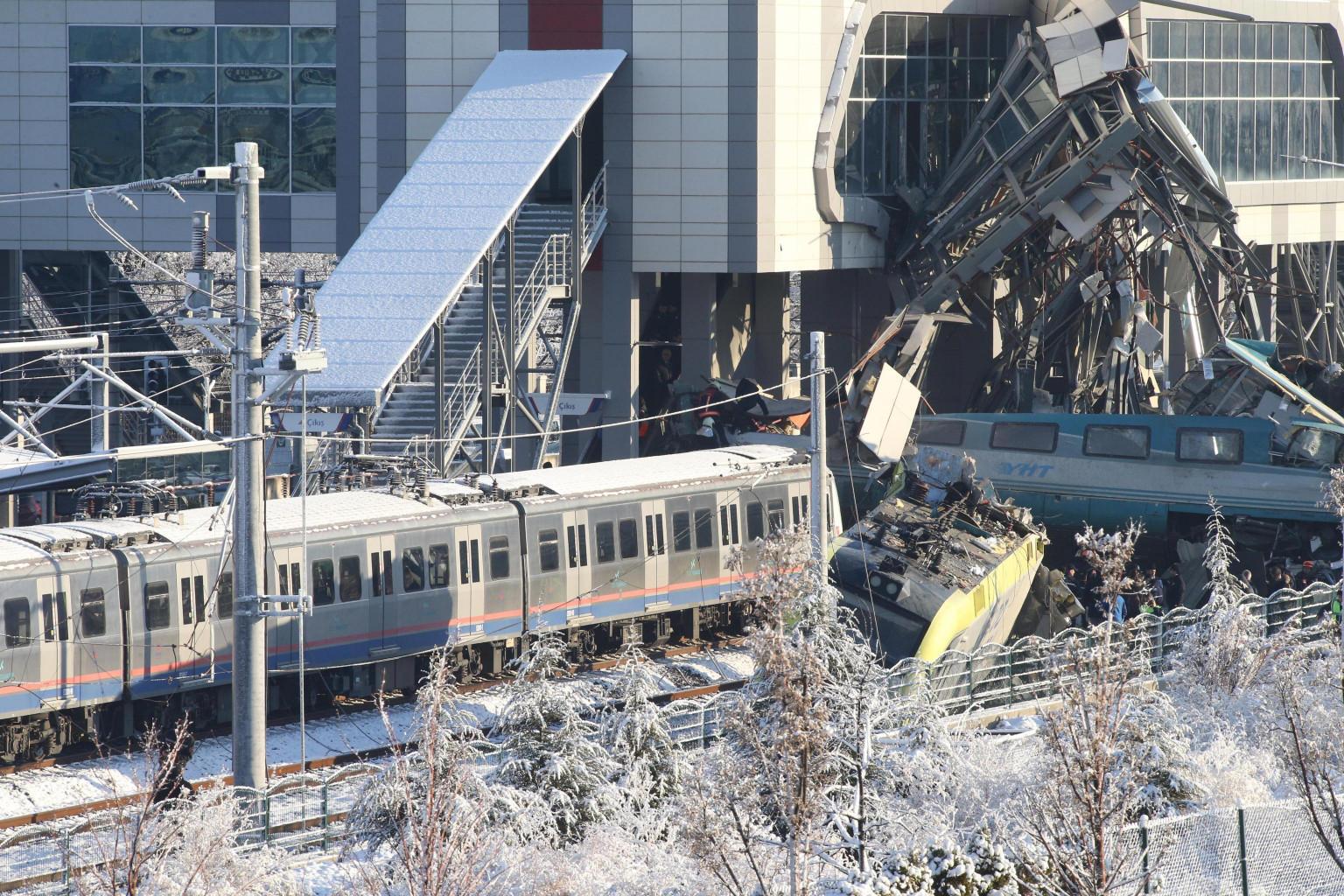 Incidente ferroviario in Turchia  7 morti e 46 feriti, tre in gravi ... 2377c0e8a2