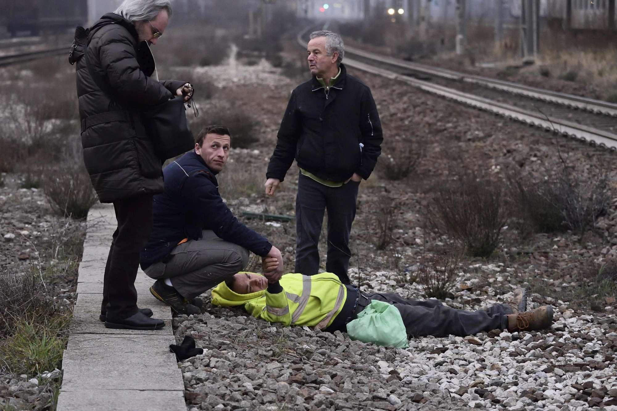 Deraglia treno sulla linea Milano-Cremona: le immagini dei soccorsi