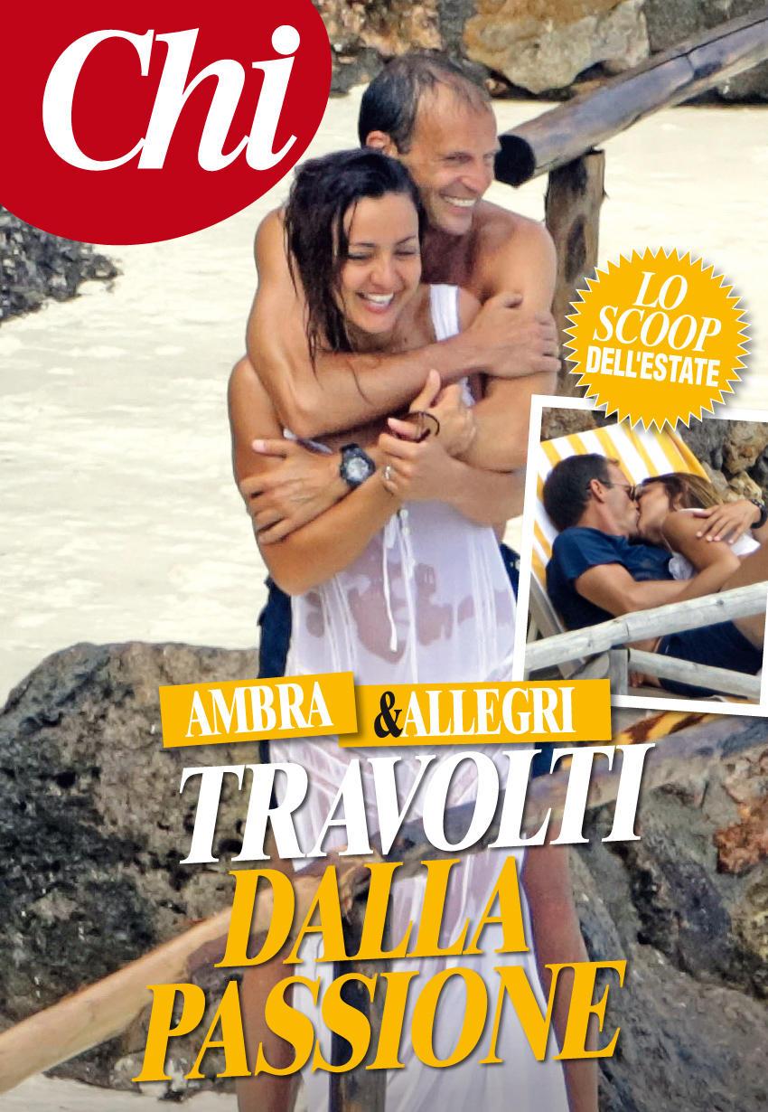 Ambra Angiolini Topless ambra angiolini, senza allegri si gode il mare con i figli