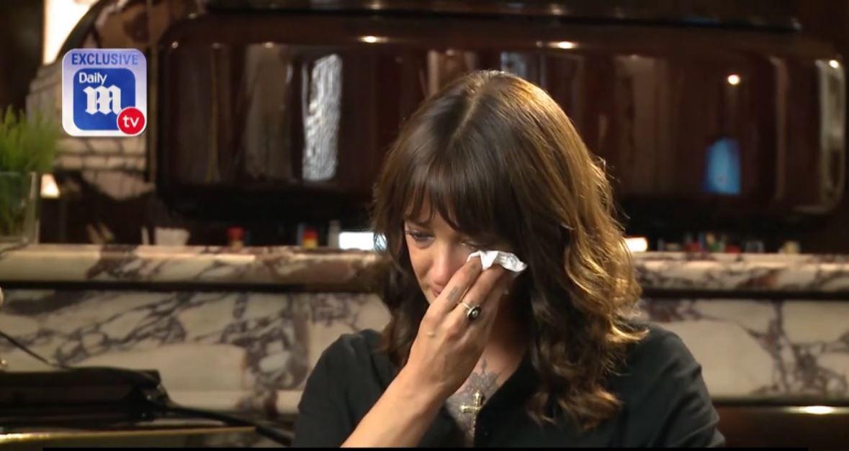Asia Argento in lacrime parlando di Anthony Bourdain