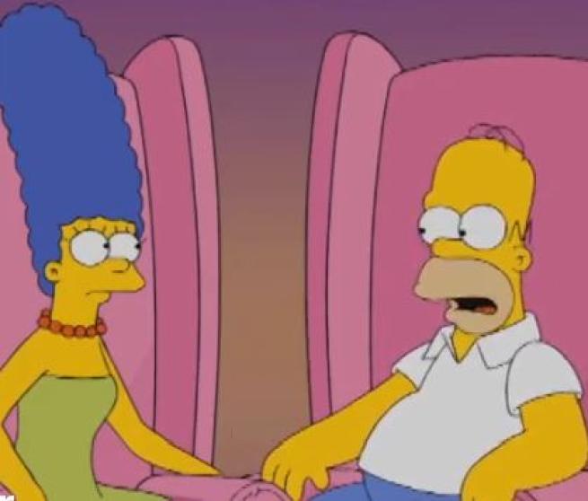 I Simpson , Homer risponderà dal vivo alle domande dei fan