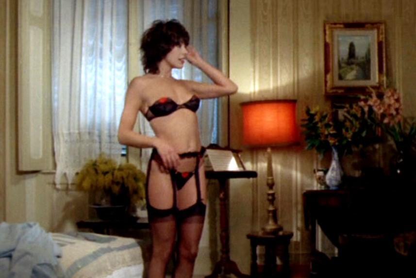 Le stelle della commedia sexy: Nadia Cassini, la perfezione del  lato B