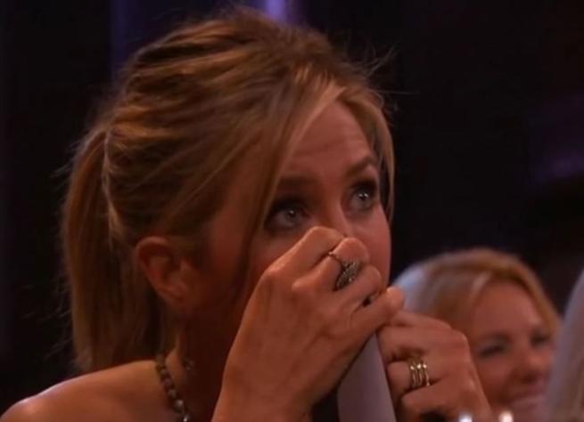 Friends , Jennifer Aniston piange in tv:  I 10 anni migliori della nostra carriera
