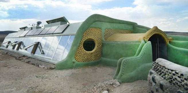 Architettura  verde , in Uruguay l eco-scuola nata dal riciclo di pneumatici e lattine