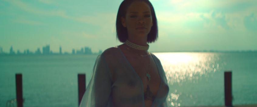 Rihanna incontri Drake lista di attesa del cerchio interno