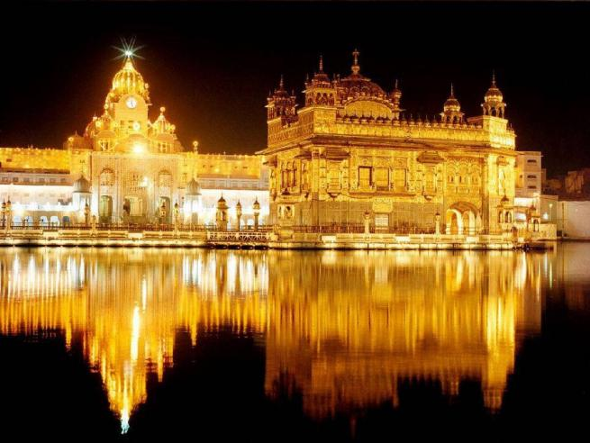 Holla Mohalla: nel Punjab l'India più arcana