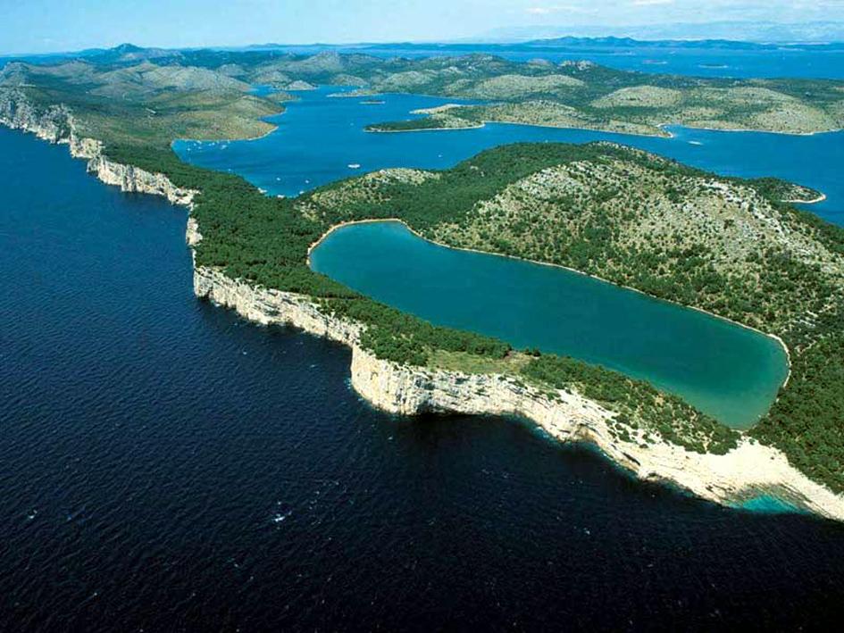 Croazia: Zara millenaria e il splendido arcipelago