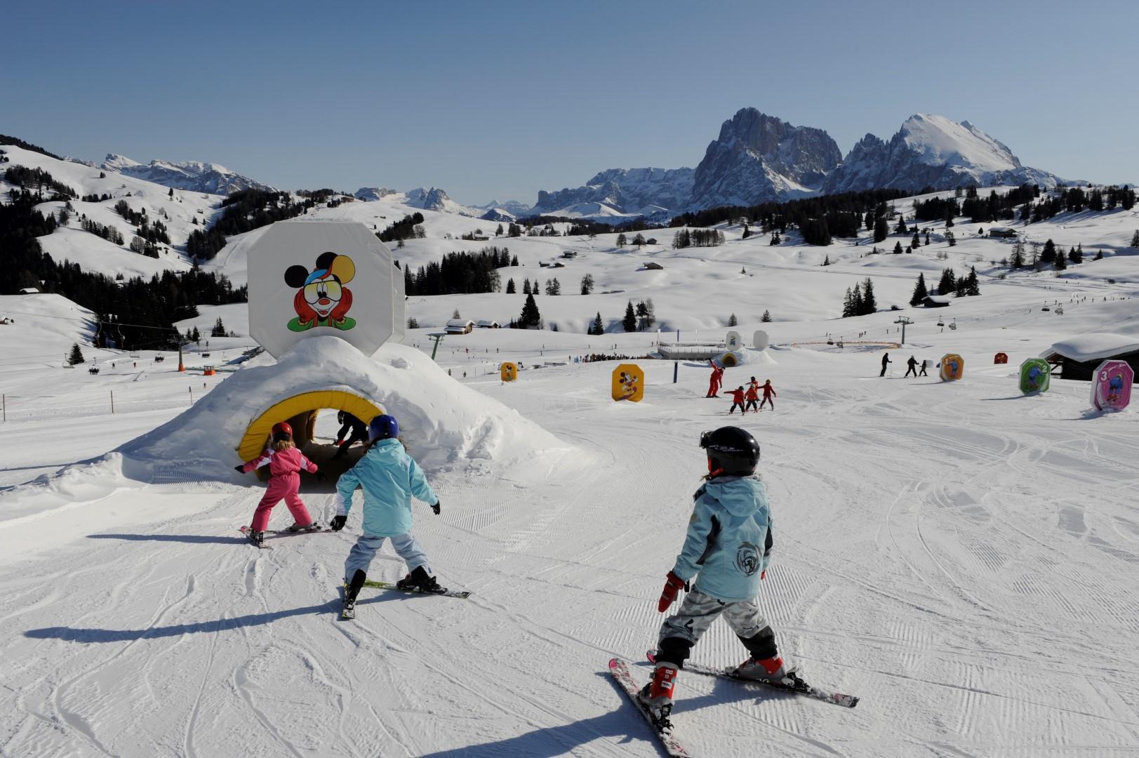 Trentino-Alto Adige: la neve gioca con i bambini