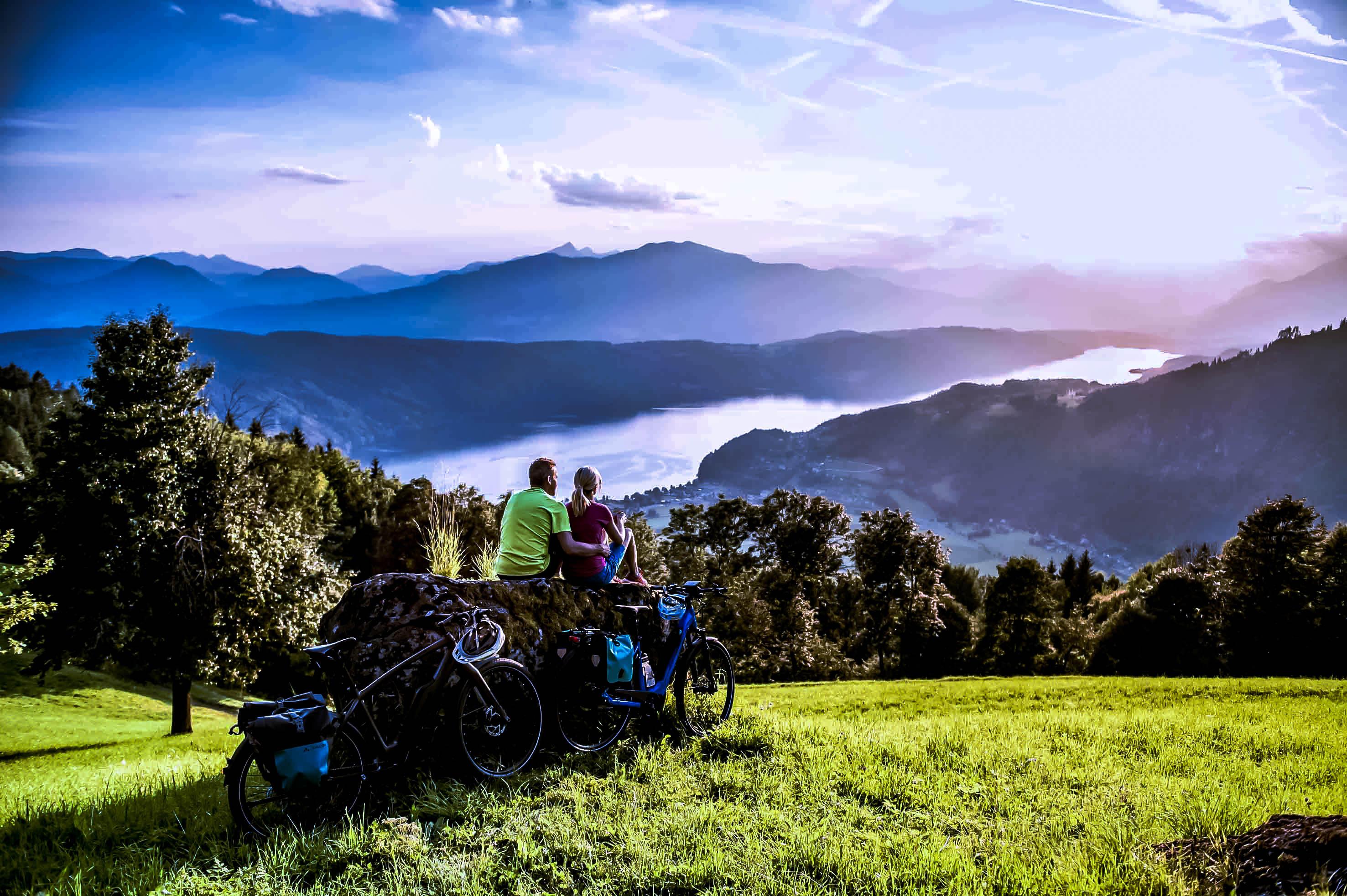 Carinzia: tour in bici in riva ai purissimi laghi
