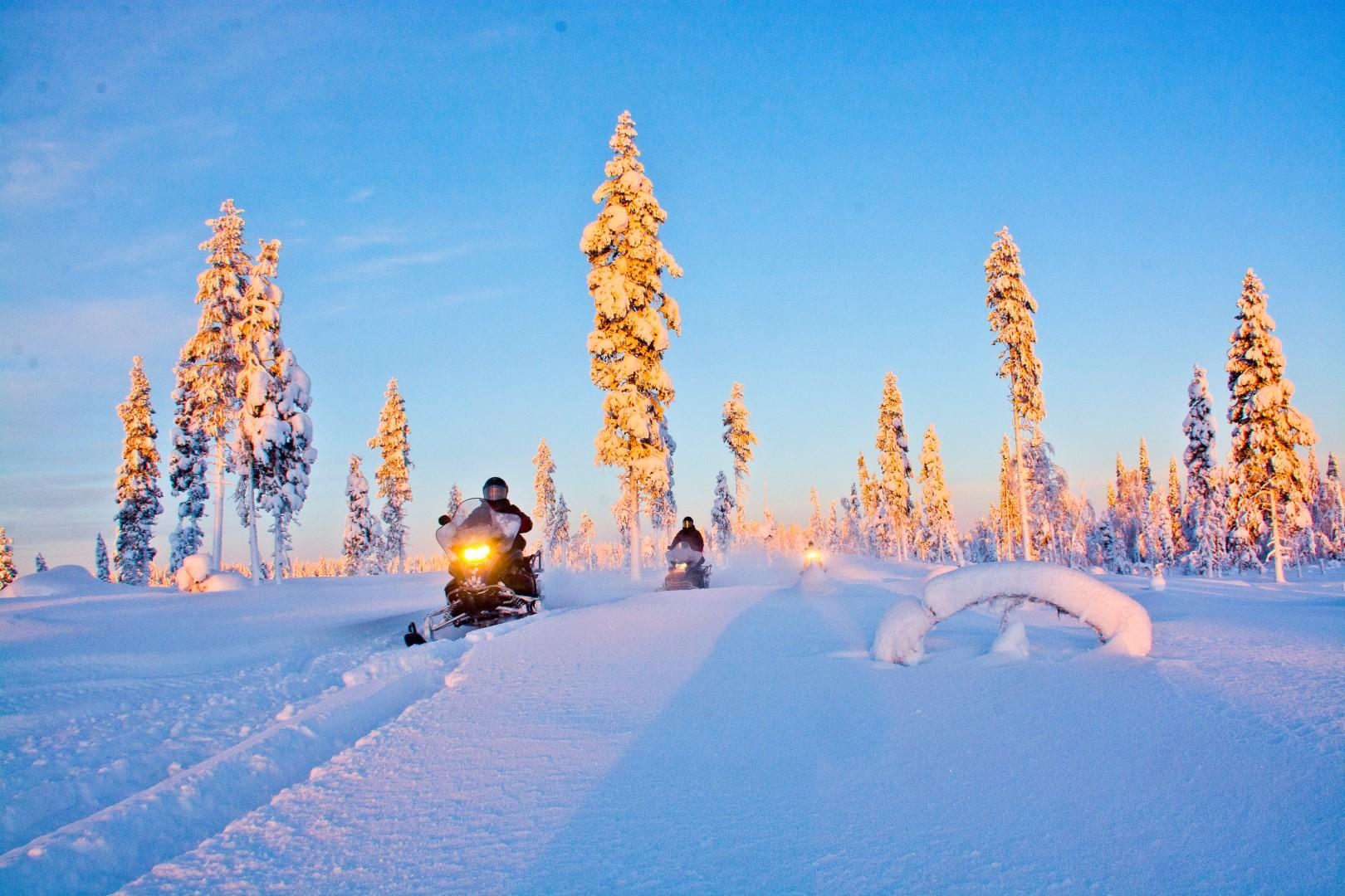 Nella Lapponia svedese, tra motoslitte e rompighiaccio