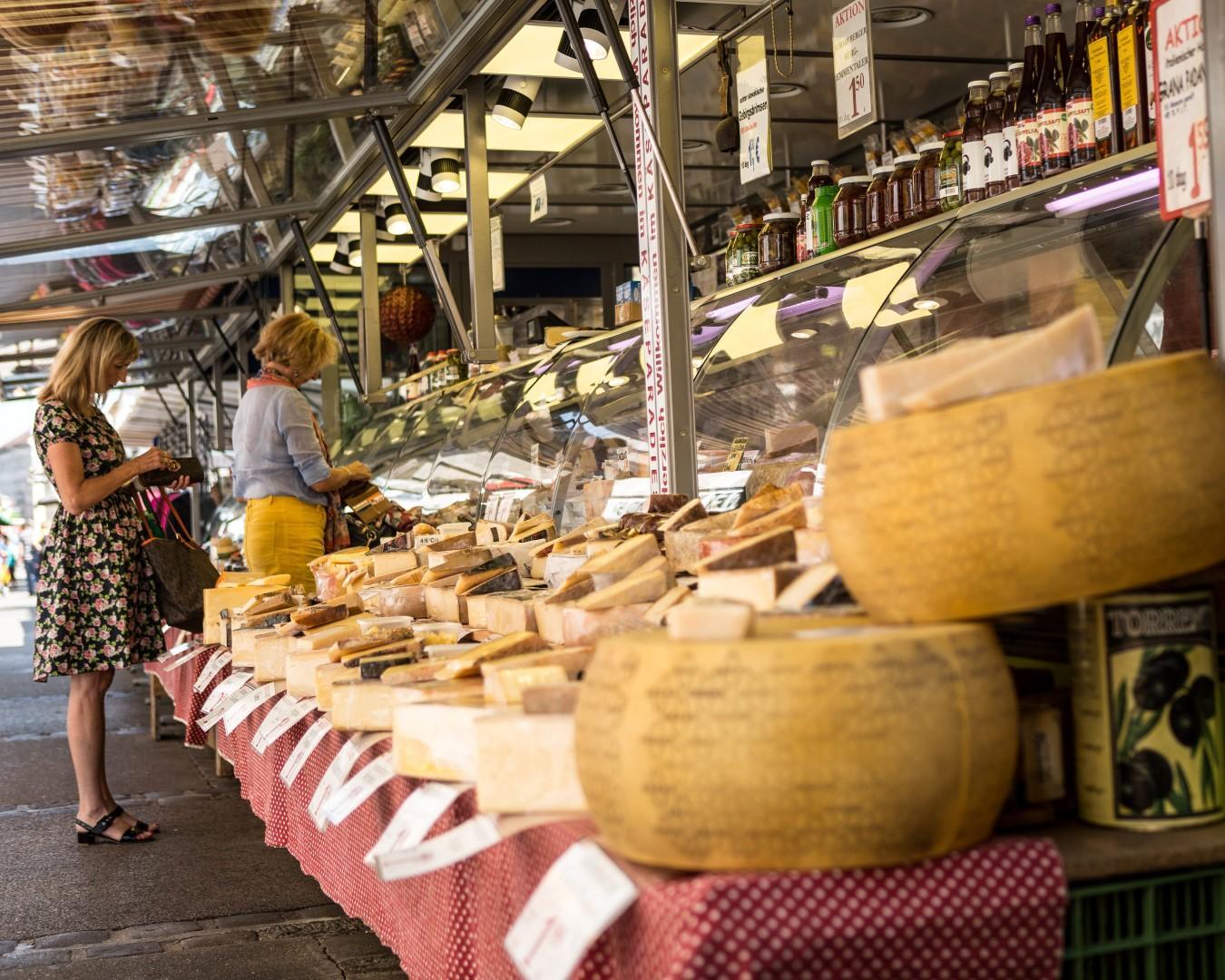Shopping mitteleuropeo nei mercati di Vienna