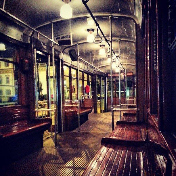 Milano, il tram 23 va in pensione dopo 84 anni di servizio