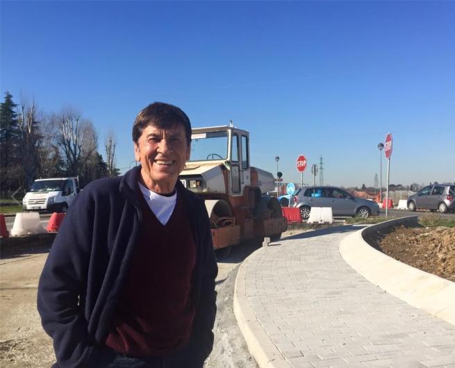 Morandi in versione umarell:  Mi piace vedere i lavori in cantiere