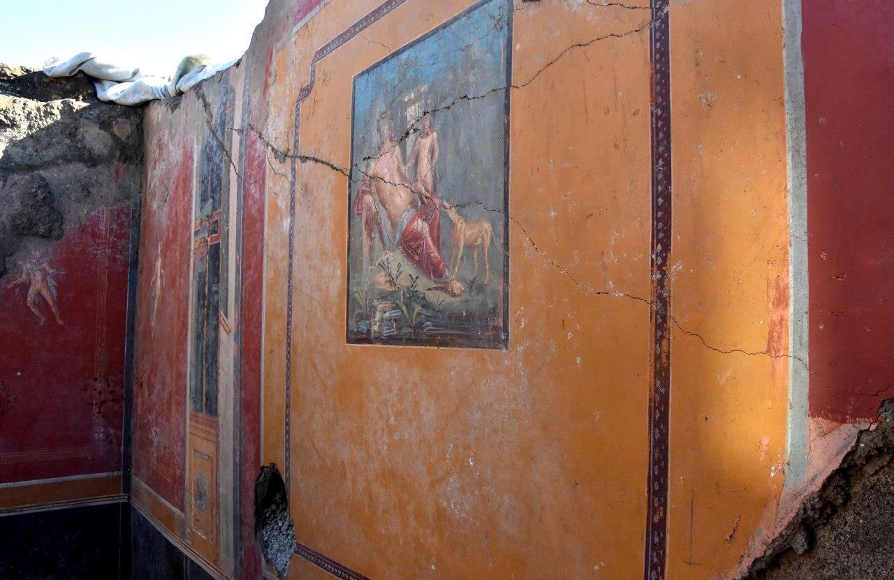 Pompei, dopo Leda affiora anche un affresco di Narciso