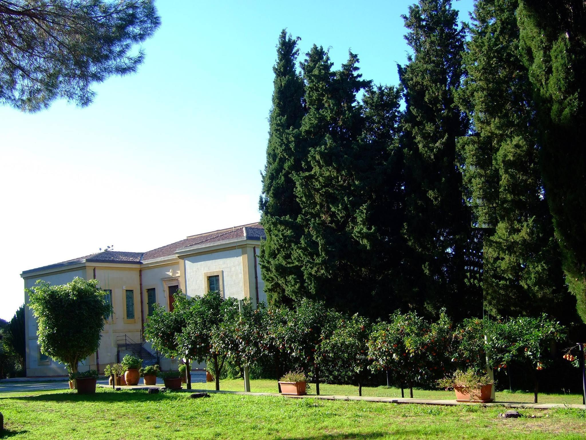 La Regione Sicilia Non Paga  La Villa Del Gattopardo