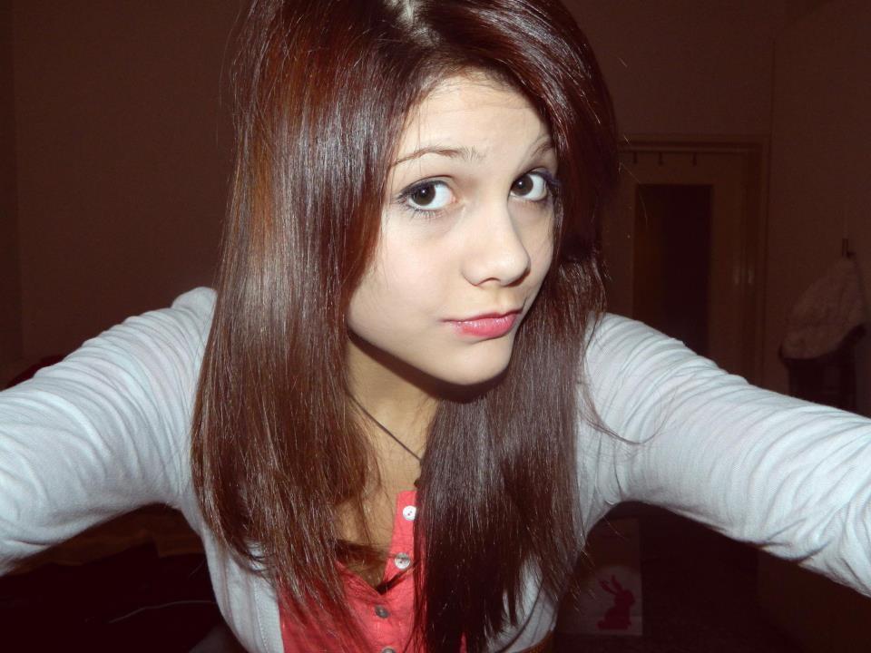 Carolina, la 14enne di Novara che si tolse la vita dopo le offese sul web