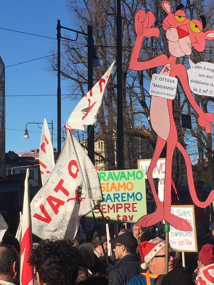 No Tav, corteo a Torino contro l Alta Velocità:  Qui non c è la  ndrangheta