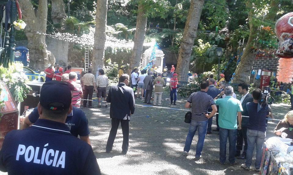 Tragedia a Madeira: albero cade sulla folla durante una festa