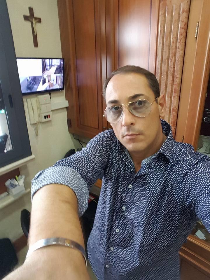 Omicidio nel Napoletano, gioielliere ucciso nel suo negozio