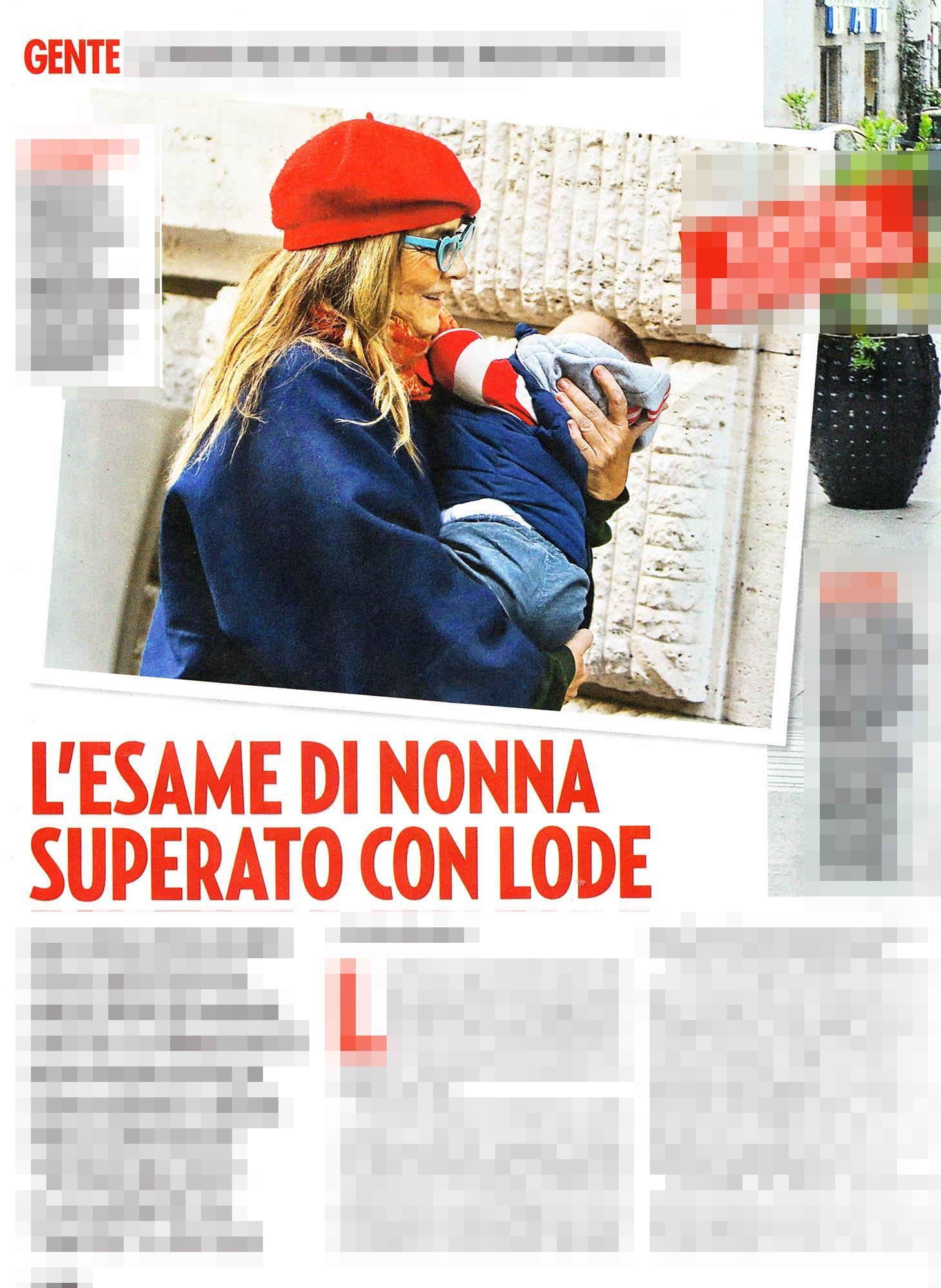 Romina Power fa la nonna per le vie di Roma